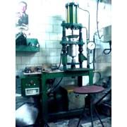 Оборудование для мелкосерийного литья пластмассы (литьевые шприцы, экструдера) фото