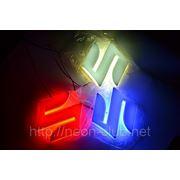 Горящая задняя эмблема Suzuki | Сузуки фото
