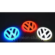 Горящая задняя эмблема Volkswagen | Фольксваген фото