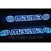 Неоновая авто эмблема Mazda | Мазда на заднее стекло, размером 38*8 см. фото