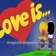 """Вафельная картинка """"LOVE IS..."""" фото"""