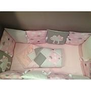 """Бортик для кроватки """"Подушка с аппликацией"""" фото"""