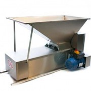 Электродробилка с гребнеотделителем,из нержавеющей стали 1000*500 мм,, емк. 45 кг, Италия фото