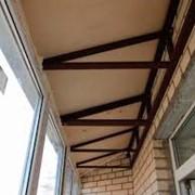 Монтаж крыши на балкон фото