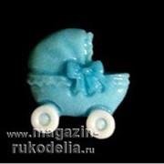 Коляска голубая (пластик) фото