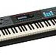 Roland Juno-DS88 фото