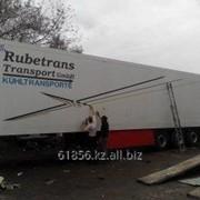 Нанесение надписей и рекламы на грузовые авто фото
