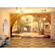 Художественная роспись стен в гостиной фото