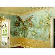 Художественная роспись стен с элементами декора фото