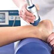 Ультразвуковое исследование суставов Ультразвуковое исследование суставов - (УЗИ или ультразвуковая диагностика) – это исследование с помощью ультразвука. фото