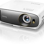 Проектор BenQ W1700 4K Ultra HD DLP фото