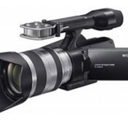 Видеокамера HDV Flash Sony NEX-VG10 + объектив 18-200 KIT фото