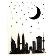 Виниловая наклейка для ноутбука Город не спит фото