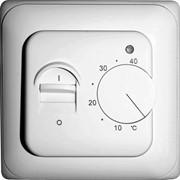 Терморегуляторы для тёплого пола механические и прграммируемые фото