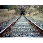 Шпалы железнодорожные деревянные фото