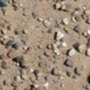 Песчано-гравийная смесь (ПГС) - строительный материал. Представляет собой смесь с содержанием гравия и песка, обычно характеризуется наибольшей крупностью зерен гравия. Бывает двух видов: природный и обогащённый (ОПГС). фото