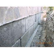 Восстановление гидроизоляции между фундаментом и стеной устройством шпуров с Пенетроном фото
