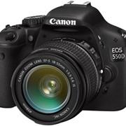 Фотоаппарат зеркальный Canon 550D + объектив 18-135 IS фото