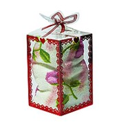 Полотенце в подарочной упаковке белое с розовыми цветами 11 см фото