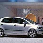 Автомобиль Volkswagen Golf Plus фото