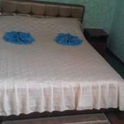 Номер ПолуЛЮКС с двухспальной кроватью фото