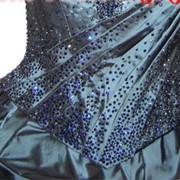 Инкрустация одежды платьев вечерних кристаллами Swarovski ( Сваровски ) фото