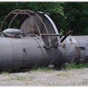 сырьевая колонна атмосферной перегонки нефти  фото