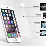 Защитное стекло на IPhone 6 фото