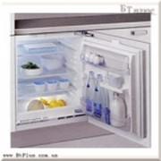 Холодильники встраиваемые, Встраиваемый холодильник Whirlpool ARG 585 фото