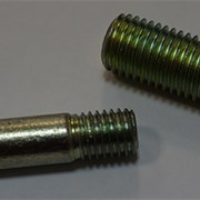 Шпильки ГОСТ 22034-76 с ввинчиваемым концом 1,25d фото