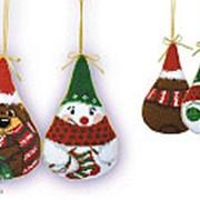 """Набор для вышивания Новогодние игрушки 2 шт. """"Снеговик и медведь"""" фото"""