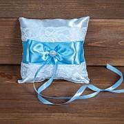 Свадебная подушечка для колец с голубой лентой (арт. CR-208) фото