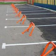 Установка парковочных барьеров фото