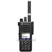 Цифровая рация Motorola DP 4800 фото