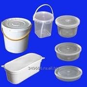 Пластиковая тара и контейнеры фотография