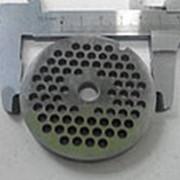 Z136.41 Решетка №2 для мясорубки DELONGHI KMG1200 (D-61,5мм, раб. отв. 4,5мм, inox) фото