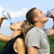 Вода для школ и детских садов-лучшие цены !...Чистая вода детям Дома ваши дети уже пьют вкусную натуральную воду, давайте же обеспечим их такой водой и в детском саду, и в школе. С качественной водой они смогут не только утолять жажду, но и лучше справ фото