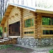Дома из оцилиндрованного бревна. фото