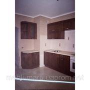 Кухня ольха из натурального дерева орех лесной фото