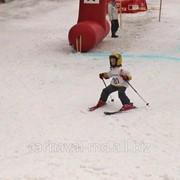 Организация и проведение соревнования по горным лыжам (до9лет) фото