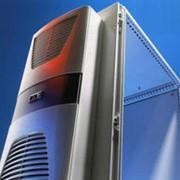 Настенный кондиционер для охлаждения серверного шкафа фото