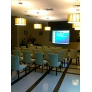 Удобный конференц зал в отеле, организация конференций фото