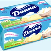 Масло растительно-жировое бутербродное Donna жирность 72% в фольге фото
