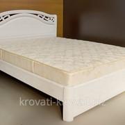 Кровать белая деревянная фотография