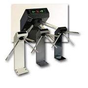 Системы контроля и управления доступом. фото
