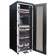 Серверный шкаф фото