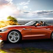 Автомобиль BMW Z4 фото