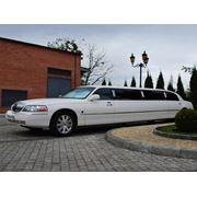 Прокат лимузина Lincoln Town Car White фото