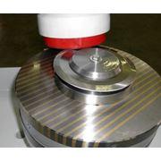 Наша компания предлагает Вам услуги по заточке односторонних и двусторонних дисковых ножей различного диаметра. фото