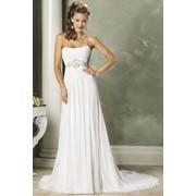 Свадебные платья, вечерние наряды. фото